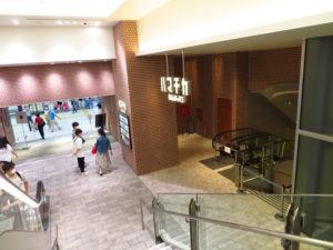 東急東横線駅側出口