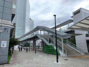 市役所2Fに直結のさくらみらい橋